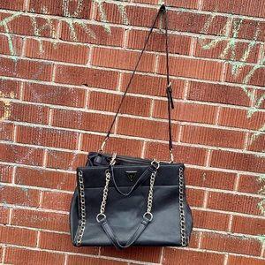 Guess crossbody/handheld purse bag